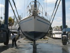 Sailboat surveyor in Florida